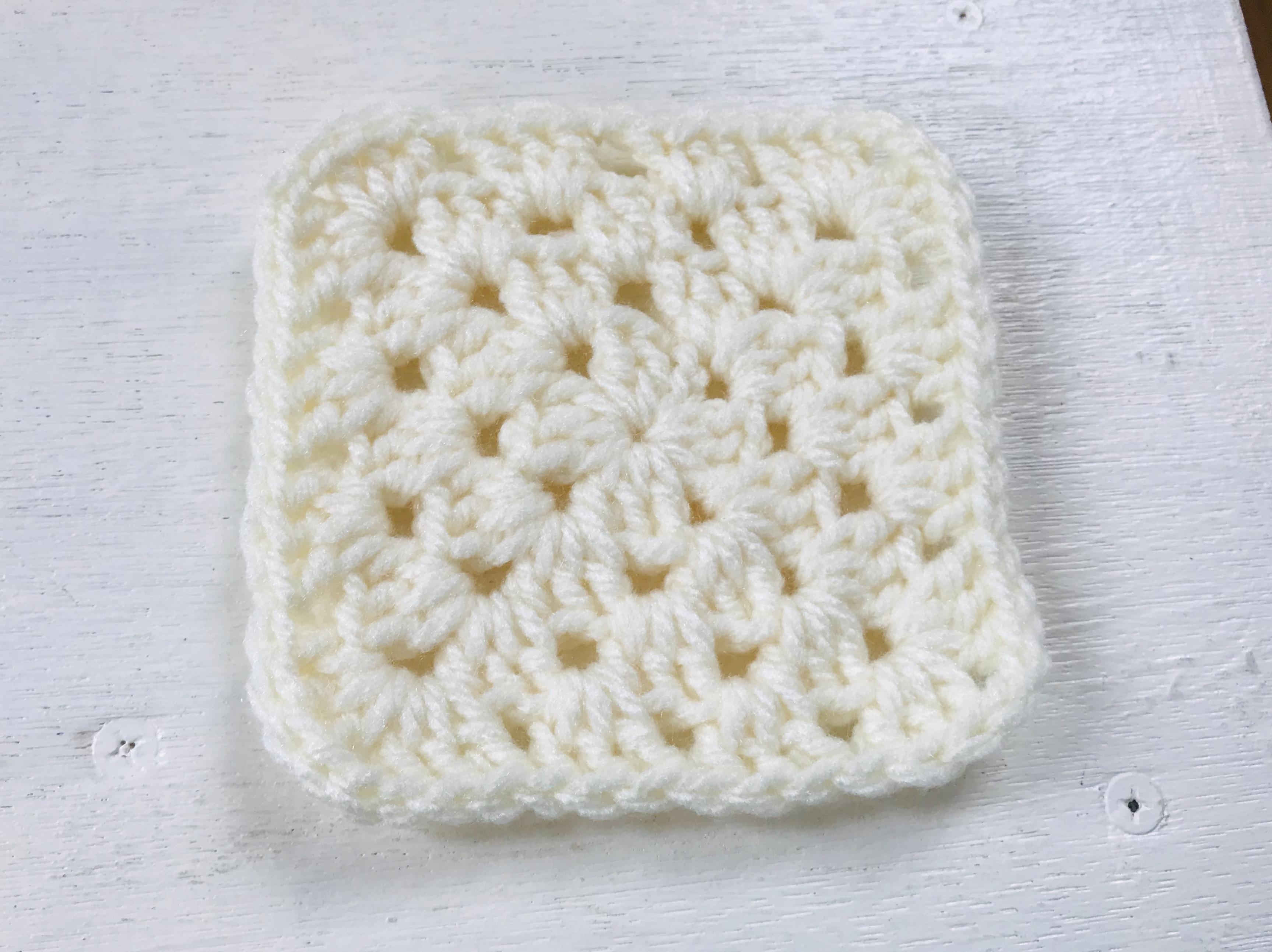 コースター かぎ針 編み