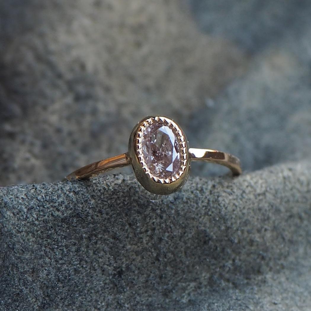 ピンク ダイヤモンド リング