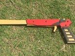 4連発式ゴム鉄砲 (赤)の画像