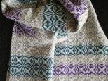 〈sale〉手織りカシミヤマフラー ライトグレー×緑×紫 の画像