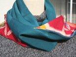 レトロな着物地のスカーフの画像