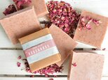 【再販】薔薇とローズクレイの石鹸◆バラの香り◆赤・ローズレッドハーブ◆リラックスの画像