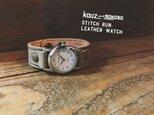 ▲STITCH 寒空、冬のスモーキー⌚「ステッチラン 腕時計」メンズライク(SRW-HWH-NA)の画像