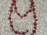 夏糸のラリエット 葉と小花 えんじの画像