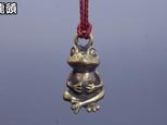 蛙根付 真鍮の画像