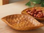 彫りあとが美しい手彫りの豆皿 とりの画像