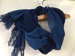 藍染めの手織りストール c22の画像