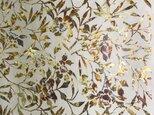 ギルディング和紙 椿柄 生成和紙 黃混合箔の画像