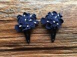 革花のブーケスリーピン 2個セット 紺の画像