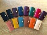 組み合わせ自由 イタリアンレザーブッテーロのiPhoneケース シンプルリボンタイプ 全15色 本革 iPhone全機種の画像
