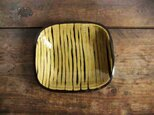 スリップウェア淡黄角皿の画像