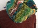 緑色のネックウォーマーの画像