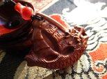 いち様ご予約 龍乗宝船彫り:花梨木 宝瓶型瑪瑙 お紐仕立てストラップの画像