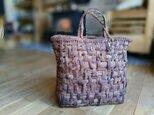 貴重な山葡萄の蔓で編んだ手提げ籠(バッグ)【大型・大容量】2の画像