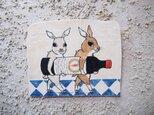 タイルの動物図鑑 ウサギのワインの画像