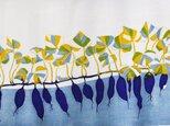再販 型染めてぬぐい「いもとむし」(青紫)(綿100%・手染め捺染)の画像