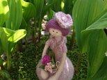 令和の女の子/桜色(羊毛フェルト)の画像