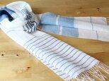 手織りリネンストール 青ボーダーの画像