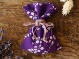 着物 匂い袋 幸せを呼ぶ小物 花模様 の画像