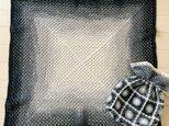 グラデーションカラーの膝掛け&モチーフ繋ぎのポーチの画像