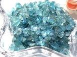 【さざれ石穴なし】ブルーグリーンアパタイト 細石(サザレ) 25gの画像