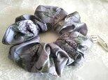 リバティ紫陽花パープルのBIGシュシュの画像