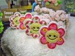 小さなお花のスマイルマーク★にこにこワッペン★赤苺5.5-4枚の画像