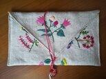☆一点物☆手刺繍リネンのポーチ(お花畑)の画像