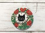 手刺繍ブローチ*ネリーリトルハレアンブシュテッター「The Black Cat 1898年7月号」よりの画像