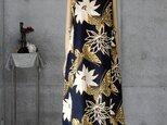 着物リメイク 浴衣のロングワンピ/ゆとりのM/蝶と花の画像