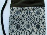 5086 縮緬の留袖と着物で作ったスマホポーチ #送料無料の画像