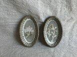 粉引きの楕円豆皿 (ピンクと黄色の花)2枚セットの画像