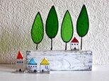 ステンドグラスの小さなお家 赤い屋根のお家の画像