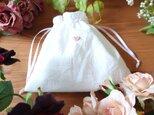 ホワイトコットン♪プチ巾着袋♥️pink heartの画像