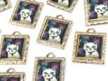 【絵画調】猫のぷっくりチャーム 2個【ピアス イヤリング素材】の画像
