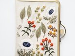 shimontowasamo/絵本の庭 刺繍 がまぐちケース 手刺繍 マルチケース【受注制作】の画像