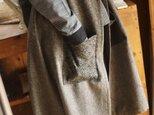 ウールへちま襟のロングベストの画像