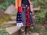 着物生地と柿渋染めはぎれパッチワークリバーシブルのスカートの画像