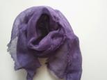 大人の紫がキレイなリネンガーゼミニストール 草木染め ログウッド染*やや薄めの画像