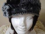 お花付きニット帽子*ブラックミックスの画像