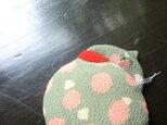 縮緬 居眠りねこブローチ -たまーの画像