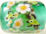 とんぼ玉古布ひもネックレス 梅が枝に目白(緑)の画像