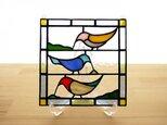 ステンドグラス ミニパネル 小鳥 15cmの画像