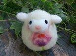 羊毛フェルト 白ひつじだるま 桃花の画像