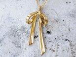 リボンのネックレス(K18YG)の画像