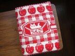 【受注生産】編み込みのひざ掛け リンゴ クリーム×赤の画像