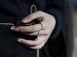 [リング] crumpled ring / Type1 Blackの画像