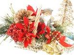 クリスマスが待ち遠しい花かごサンタRの画像