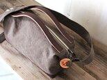 nomad-mini・オリーブ(タンニン染帆布×レザーショルダーバッグ)の画像