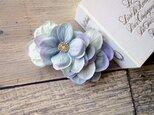 【受注生産】紫陽花の花びらのバレッタ■シンプルデザイン グレイラベンダーの画像